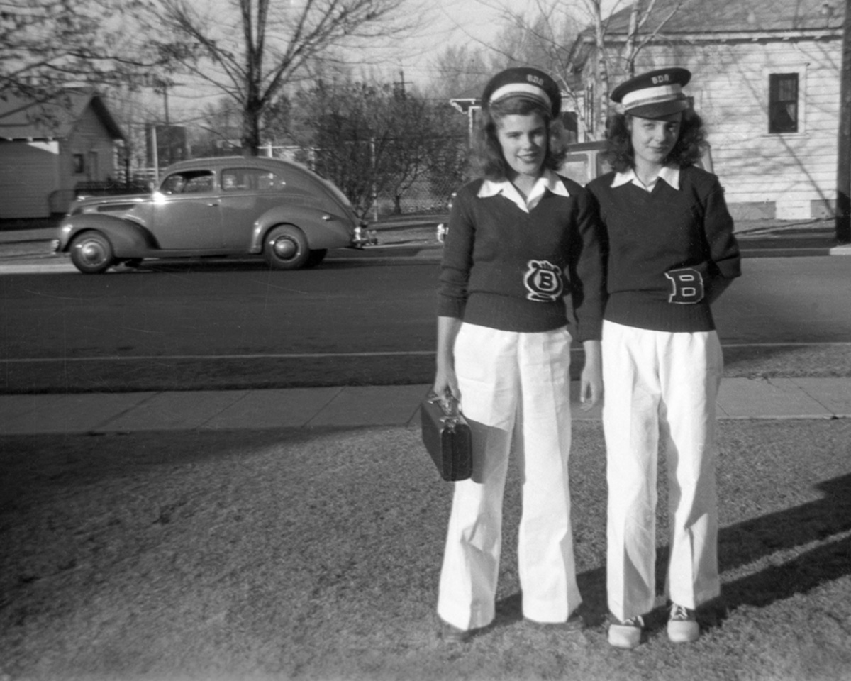 Marge Titus and Lois DeRushia