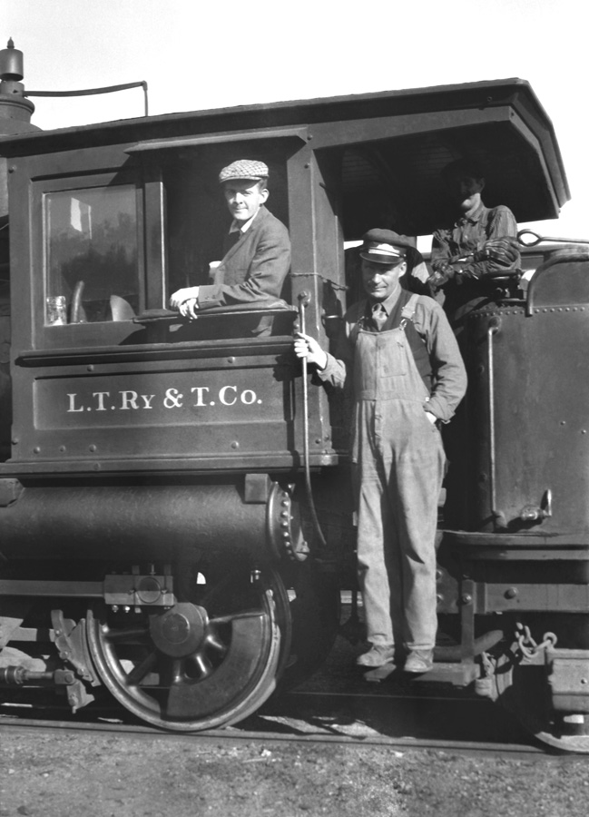 Lake Tahoe Railway and Transportation Company locomotive and crew.